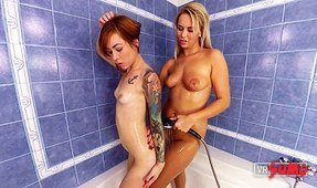 Nikki Dream and Foxy Sanie's Shower Watersports