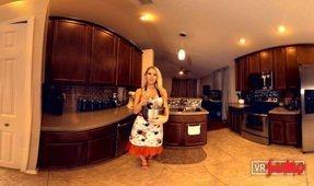 Vr Girl Natasha Cooking For You!