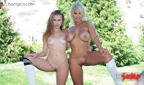 Soccer Babe Lesbian Threesome