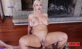 BBW Milf Knows Her Way Around a Dick