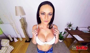 Casting: Hot Raven Haired Slavic Babe Anny Maax